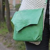 Сумки и аксессуары ручной работы. Ярмарка Мастеров - ручная работа кожаная сумка ручной работы мягкая зеленая тонкий ремешок. Handmade.
