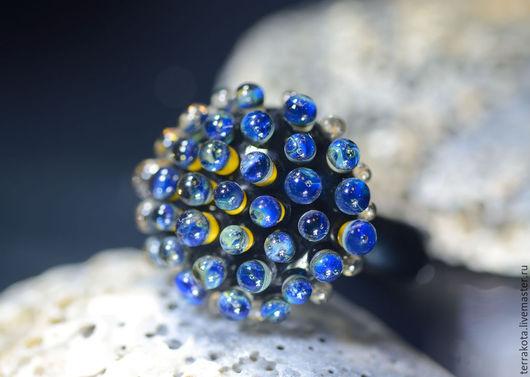 """Кольца ручной работы. Ярмарка Мастеров - ручная работа. Купить Лэмпворк кольцо """"Синяя икра"""" размер 18,5. Handmade."""