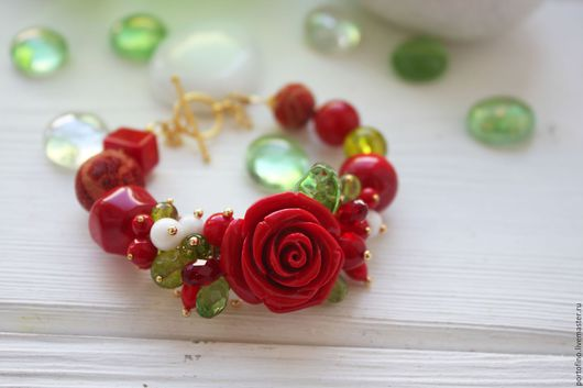 """Браслеты ручной работы. Ярмарка Мастеров - ручная работа. Купить Браслет """"Красная роза - эмблема любви"""". Handmade. Ярко-красный"""