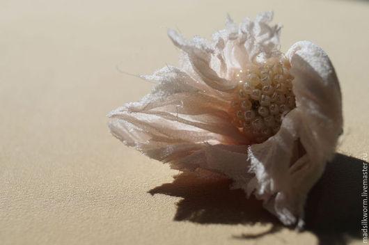 """Комплекты украшений ручной работы. Ярмарка Мастеров - ручная работа. Купить """"Белые цветы"""" комплект текстильный серьги + кулон. Handmade."""