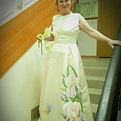 Торжественное платье с ирисами