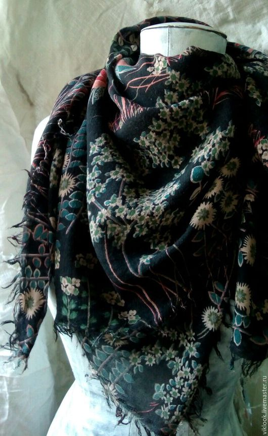 Шали, палантины ручной работы. Ярмарка Мастеров - ручная работа. Купить Платок из тонкого шерстяного полотна. Handmade. Платок, черный