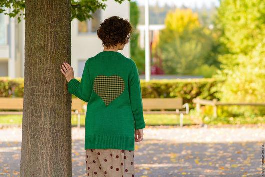 """Кофты и свитера ручной работы. Ярмарка Мастеров - ручная работа. Купить Вязаный свитер из шерсти """"Яблоко"""". Handmade. Тёмно-зелёный"""