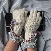 Аксессуары ручной работы. Ярмарка Мастеров - ручная работа Перчатки с цветными оборками. Handmade.
