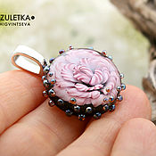 Украшения manualidades. Livemaster - hecho a mano Rosa rosa con gotas brillantes - lampwork colgante-flor de cristal. Handmade.
