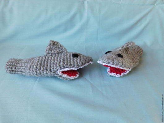 """Варежки, митенки, перчатки ручной работы. Ярмарка Мастеров - ручная работа. Купить Варежки """"АКУЛЫ"""". Handmade. Серый, акулы, варежки"""