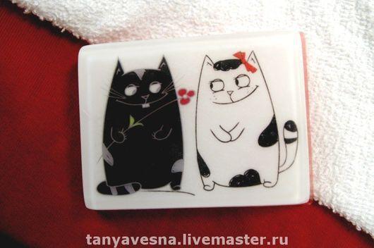 Мыло ручной работы. Ярмарка Мастеров - ручная работа. Купить Мыло Влюбленные коты, подарок влюбленным в красивой коробочке. Handmade.