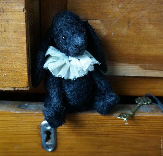 Мишки Тедди ручной работы. Ярмарка Мастеров - ручная работа. Купить Черныш. Handmade. Черный, подарок, игрушка ручной работы