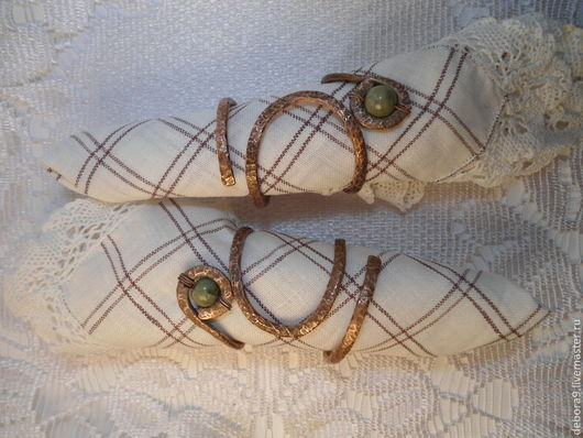 Кольца для салфеток из медной проволоки