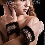 Аксессуары handmade. Livemaster - original item Felted mittens with cuffs made of mink fur, fur bracelets, gloves. Handmade.