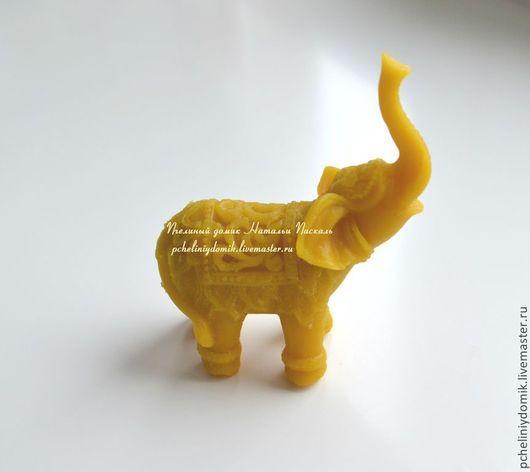 """Статуэтки ручной работы. Ярмарка Мастеров - ручная работа. Купить """"Индийский слон"""" фигурка из пчелиного воска. Handmade. Желтый, слоник"""