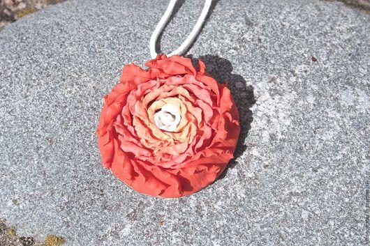 Кулоны, подвески ручной работы. Ярмарка Мастеров - ручная работа. Купить Кулон Кудрявая роза коралловая персиковая. Handmade. Коралловый