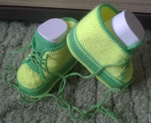 Обувь ручной работы. Ярмарка Мастеров - ручная работа. Купить кеды. Handmade. Ярко-зелёный, пинетки в подарок, пинетки крючком