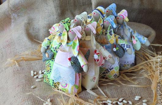 Куклы Тильды ручной работы. Ярмарка Мастеров - ручная работа. Купить Зайцы - неразлучники. Игрушка текстильная. Handmade. Интерьерная игрушка