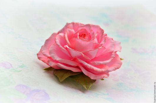 """Заколки ручной работы. Ярмарка Мастеров - ручная работа. Купить Заколка брошь """"Нежнее нежного"""" с розой из фоамирана. Handmade. Розовый"""