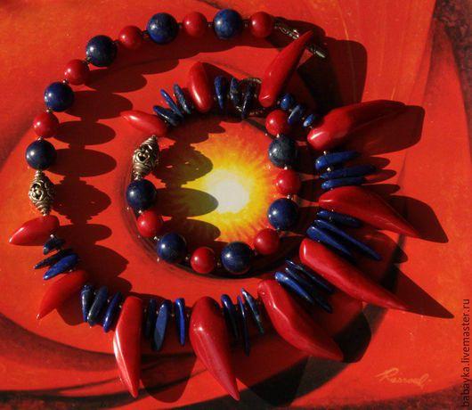 """Колье, бусы ручной работы. Ярмарка Мастеров - ручная работа. Купить Колье """"Гаруда"""". Лазурит, коралл (тонированный), латунь.. Handmade."""