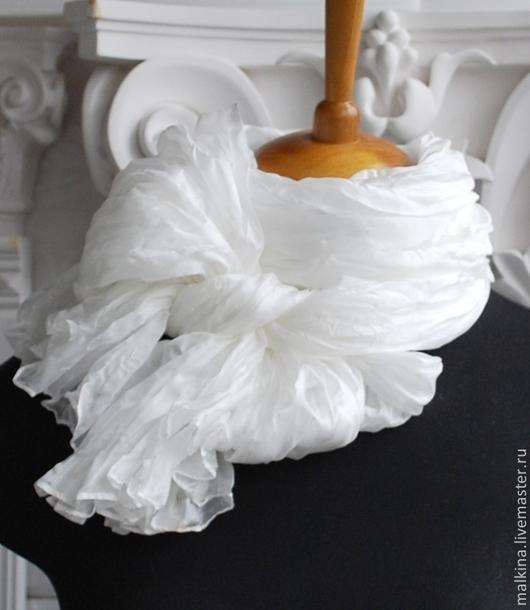 Шали, палантины ручной работы. Ярмарка Мастеров - ручная работа. Купить Шелковый шарф-палантин Белоснежный. Handmade. Белый