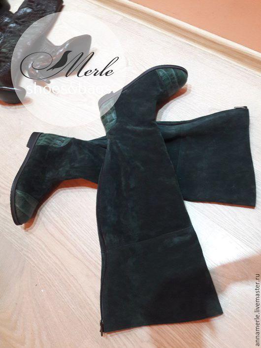 Обувь ручной работы. Ярмарка Мастеров - ручная работа. Купить Ботфорты темно зеленый замш+кроко, низкий ход. Handmade. замша