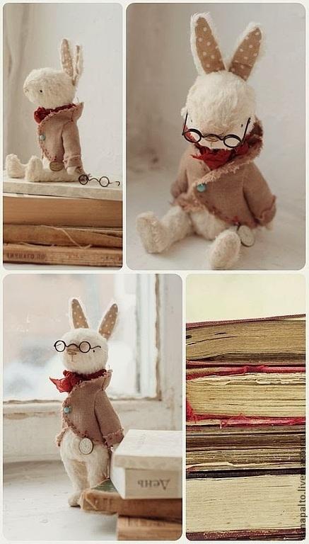 Мишки тедди ручной работы. На фото Зайка тедди, заяц библиотекарь. Анна Палто и мишки тедди. Ярмарка мастеров.