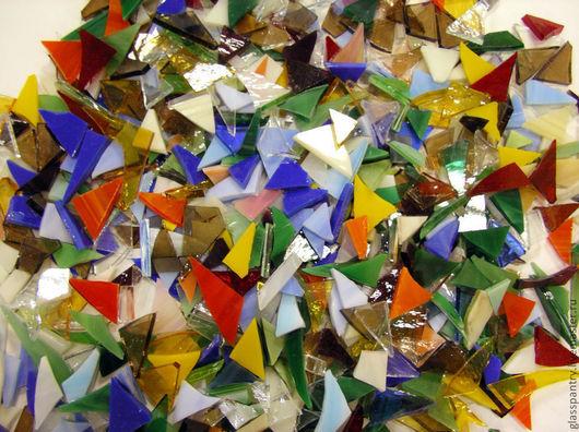 Вариант №1 - Микс из стекла разного цвета и прозрачности.