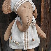 Куклы и игрушки ручной работы. Ярмарка Мастеров - ручная работа интерьерная игрушка слониха в эко-стиле. Handmade.