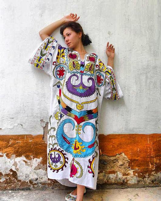 """Платья ручной работы. Ярмарка Мастеров - ручная работа. Купить платье """"Цветник"""". Handmade. Платье, восток, вышивка, белый"""
