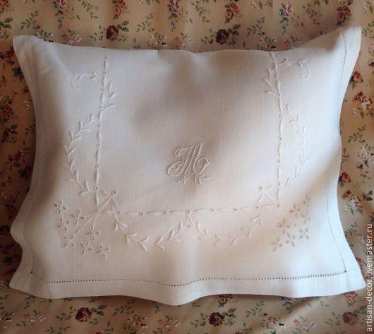 Старинный конверт для белья. Монограмма, вышивка, ришелье, мережка. Размеры: 35х45см.