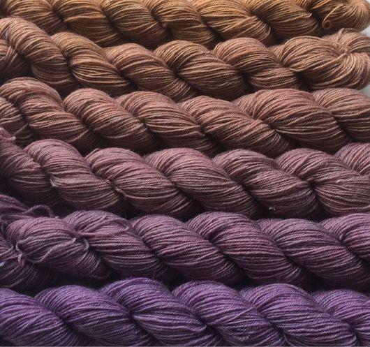Вязание ручной работы. Ярмарка Мастеров - ручная работа. Купить Градиент. 80% меринос, 20% нейлон пряжа ручной окраски- Lilac-mocco. Handmade.