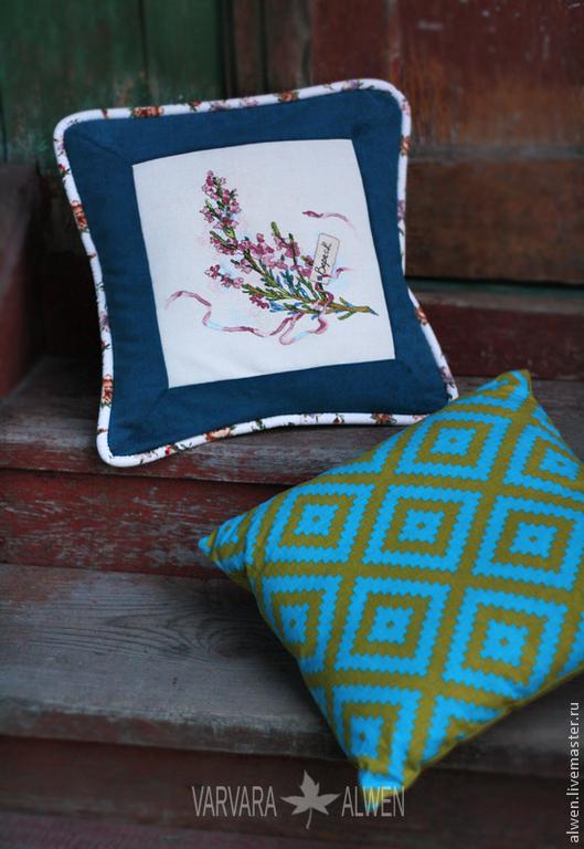 Аксессуары для дома и интерьера с ручной вышивкой от Варвары Alwen. Подушка