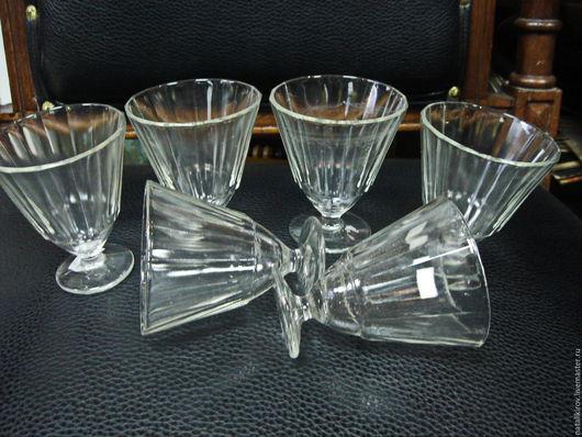 Винтажная посуда. Ярмарка Мастеров - ручная работа. Купить Старенькие рюмочки для вина. резерв. Handmade. Белый, стеклянный, кухонный интерьер