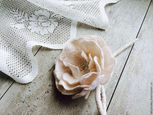 Броши ручной работы. Ярмарка Мастеров - ручная работа. Купить Брошь Белая роза. Handmade. Цветок, свадебное украшение
