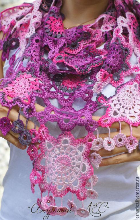 Шали, палантины ручной работы. Ярмарка Мастеров - ручная работа. Купить Легкая шаль платок шарф на лето осень весну с кистями бамбук  Розовый. Handmade.