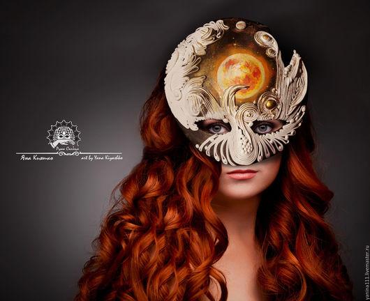 """Интерьерные  маски ручной работы. Ярмарка Мастеров - ручная работа. Купить """"Дочь Солнца, сестра Луны"""" Полумаска фантазийная. Handmade."""