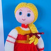 Куклы и игрушки ручной работы. Ярмарка Мастеров - ручная работа Кукла Алёнушка. вязаная игрушка, сказочный персонаж. Handmade.