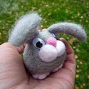 """Куклы и игрушки ручной работы. Ярмарка Мастеров - ручная работа Игрушка-брелок """"Заяц Лукас"""". Handmade."""