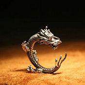 Кольца ручной работы. Ярмарка Мастеров - ручная работа Кольцо с Драконом безразмерное из серебра 925 с красными цирконами. Handmade.