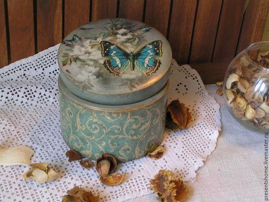Корзины, коробы ручной работы. Ярмарка Мастеров - ручная работа. Купить Butterfly     Круглая шкатулка. Handmade. Винтаж, бабочка, голубой