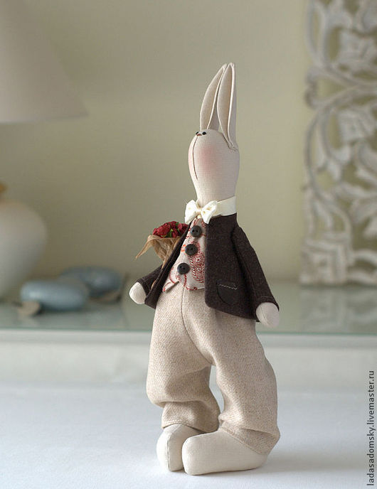 Игрушки животные, ручной работы. Ярмарка Мастеров - ручная работа. Купить Свадебный зайчишка Andri  -  35 см. Handmade. Бежевый