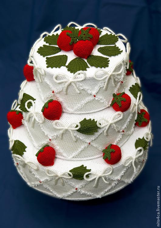 Еда ручной работы. Ярмарка Мастеров - ручная работа. Купить Клубничный торт вязаный. Handmade. Белый, клубничный торт, клубника