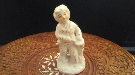 Винтажные предметы интерьера. Ярмарка Мастеров - ручная работа. Купить Фарфоровая миниатюра   Мальчик с барабаном. Handmade. Белый, фарфор
