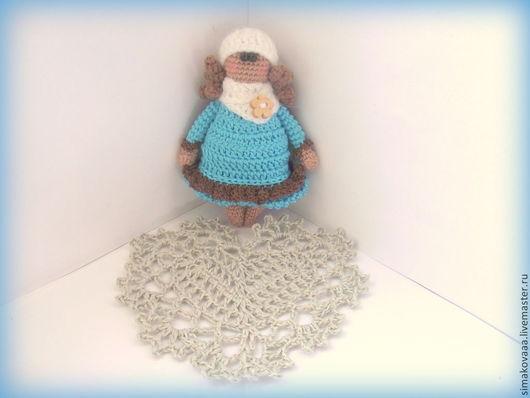 Человечки ручной работы. Ярмарка Мастеров - ручная работа. Купить Зимняя девчушка. Handmade. Вязаная игрушка крючком, игрушка куколка