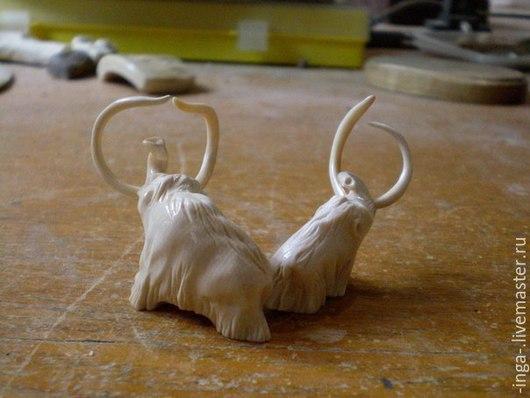 Миниатюрные модели ручной работы. Ярмарка Мастеров - ручная работа. Купить мамонты. Handmade. Резьба по кости, мамонт, настольный сувенир