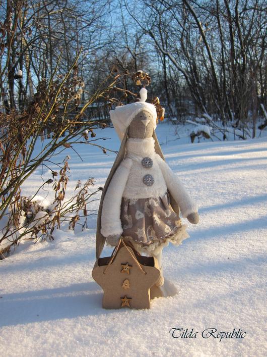 """Куклы Тильды ручной работы. Ярмарка Мастеров - ручная работа. Купить Тильда зайка """"Зимнее утро"""". Handmade. Белый"""