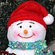 Новый год 2017 ручной работы. Снеговик с подарком. Шумилина Лариса (zanebudka). Интернет-магазин Ярмарка Мастеров. Новый Год, синтепон