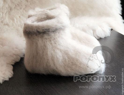 Обувь ручной работы. Ярмарка Мастеров - ручная работа. Купить Чуни из натуральной овечьей шерсти (белые) №1. Handmade. Белый