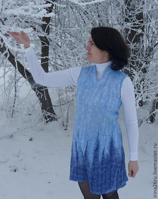 """Платья ручной работы. Ярмарка Мастеров - ручная работа. Купить Валяное платье """"Изморозь"""". Handmade. Голубой, изморозь, вискоза"""