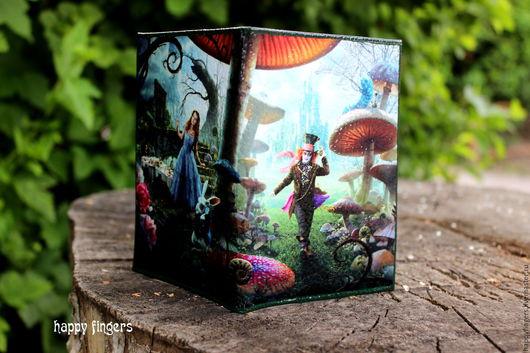 """Обложки ручной работы. Ярмарка Мастеров - ручная работа. Купить Кожаная обложка на паспорт """"Алиса в Стране Чудес"""" Alice in Wonderland. Handmade."""