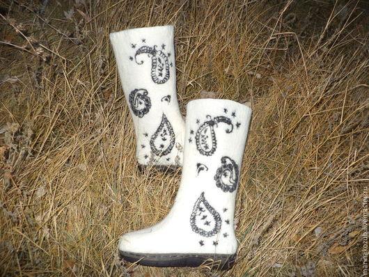 Обувь ручной работы. Ярмарка Мастеров - ручная работа. Купить валенки женские Черное на белом. Handmade. Валенки на подошве