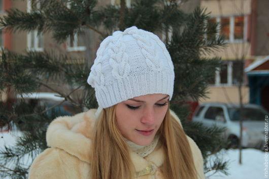 """Шапки ручной работы. Ярмарка Мастеров - ручная работа. Купить Вязаная шапка """"Шерстяные косы"""". Handmade. Белый, шапка стильная"""