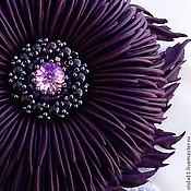 """Украшения ручной работы. Ярмарка Мастеров - ручная работа """"Магия"""" Брошь фиолетовый цветок кожа Сваровски гранат бисер. Handmade."""